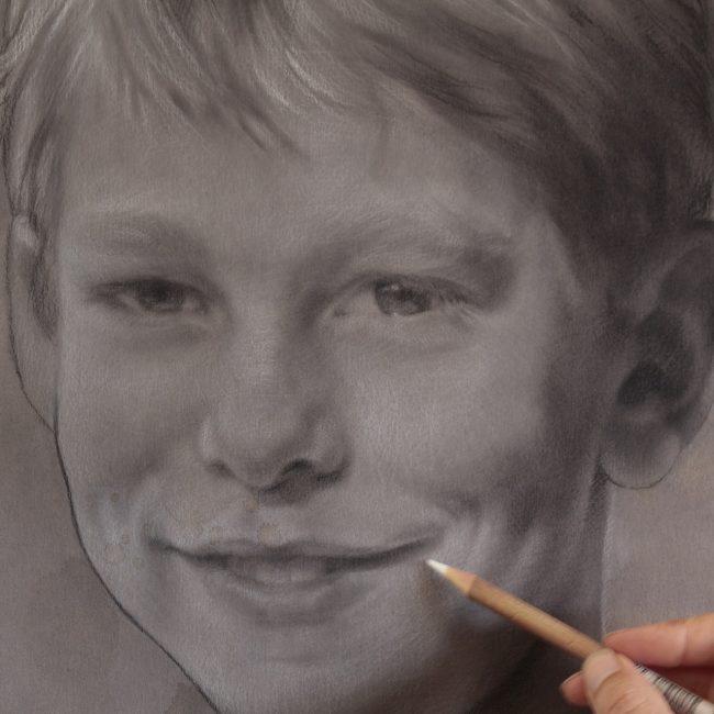 2016- kinderportret - portrettekenen - houtskool - jenniferkoning - micha detail