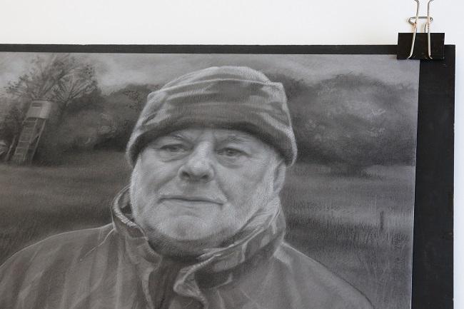 bijzonder cadeau - portret man vader in houtskool