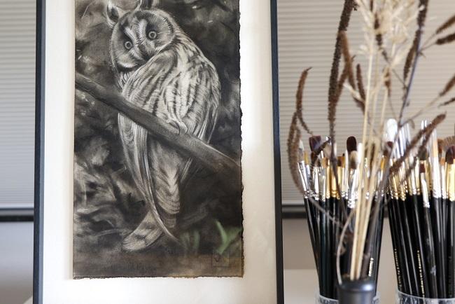 ransuil schilderij in houtskool door jennifer koning (1)